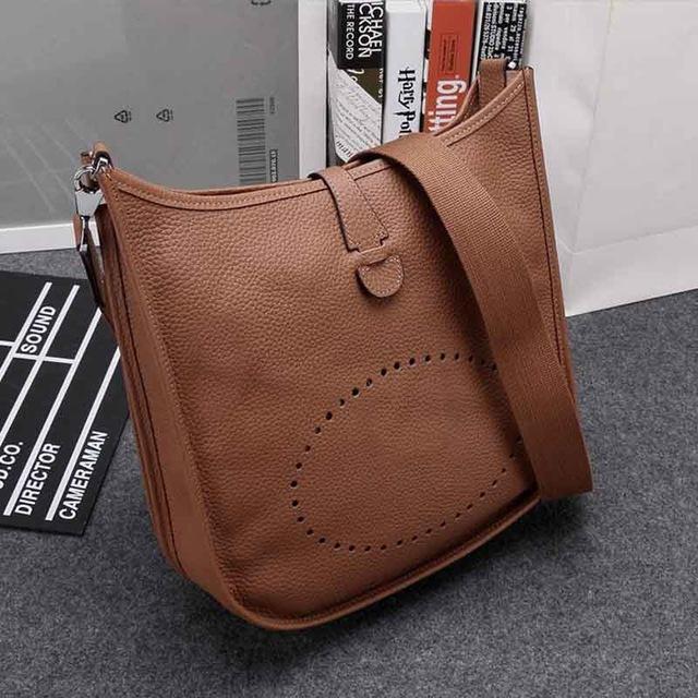 2017 New Hot Sale Women s Messenger Bags Small High Quality Genuine Leather  Woman Crossbody Handbag Purse 249b243dcd3b5