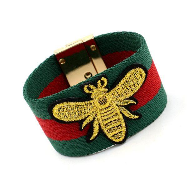 2018 New Women Cotton Cloth Fashion Embroidery Golden Bee Bracelet For Women Green Red Stripe Cloth Ribbon Bracelet JB0469