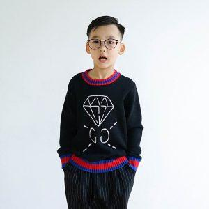 children 's round neck sweater stitching long - sleeved sweater for boys