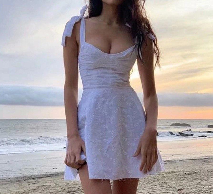 Dress 14.9USD
